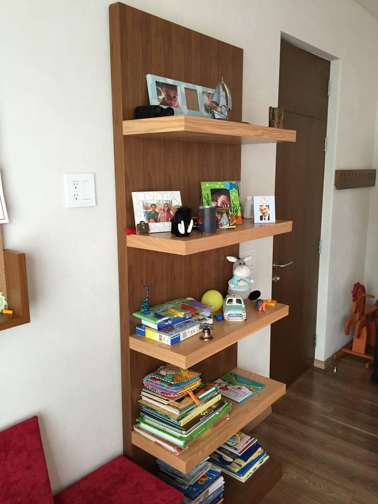 Librero: Recámaras infantiles de estilo  por Teorema Arquitectura