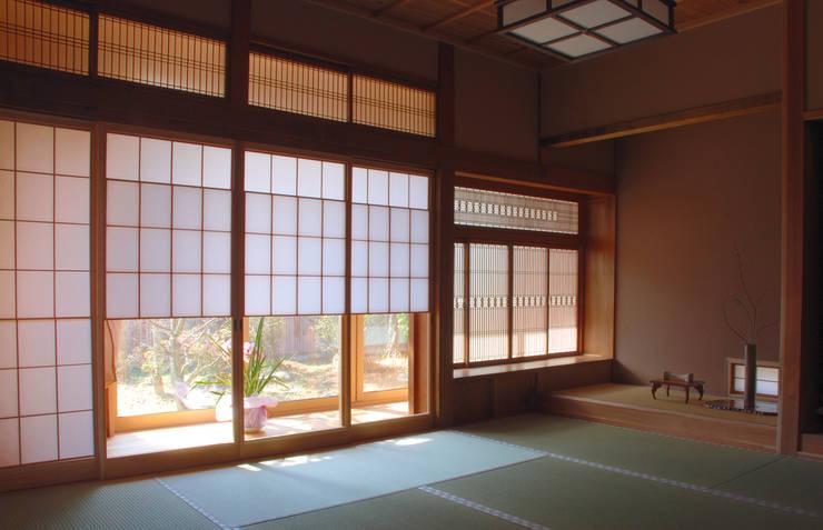 改修後和室: 一級建築士事務所  馬場建築設計事務所が手掛けたです。