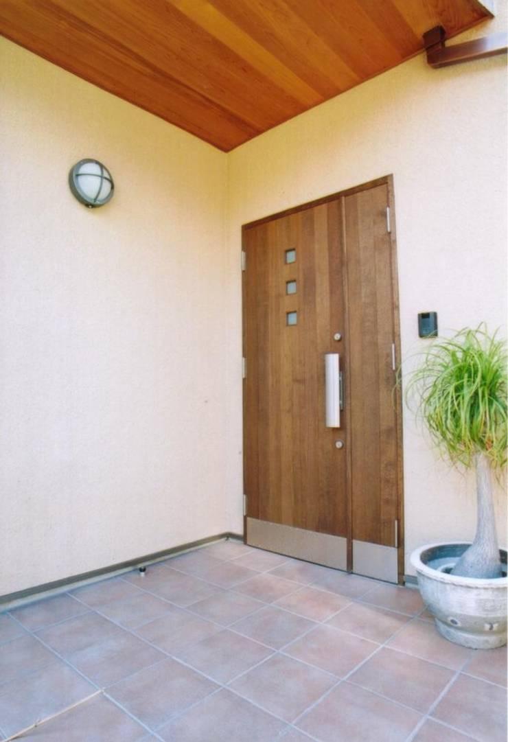 和歌山の家 モダンな 家 の 株式会社 atelier waon モダン