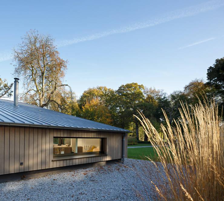 Verbouw woonhuis Oranjewoud:   door J.O.N.G.architecten
