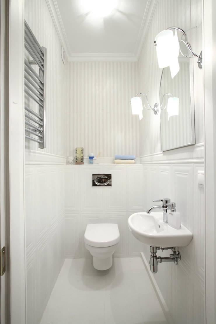 Шоу-рум: Ванные комнаты в . Автор – Дизайн студия Александра Скирды ВЕРСАЛЬПРОЕКТ