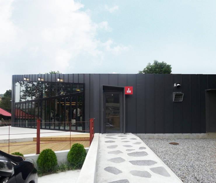 Openalley Coffee Roasting factory: AnLstudio의  상업 공간