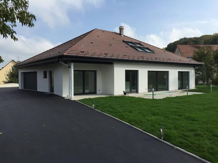 Casas de estilo  por A.FUKE-PRIGENT ARCHITECTE