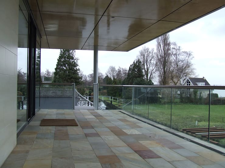 โดย SL atelier voor architectuur โมเดิร์น