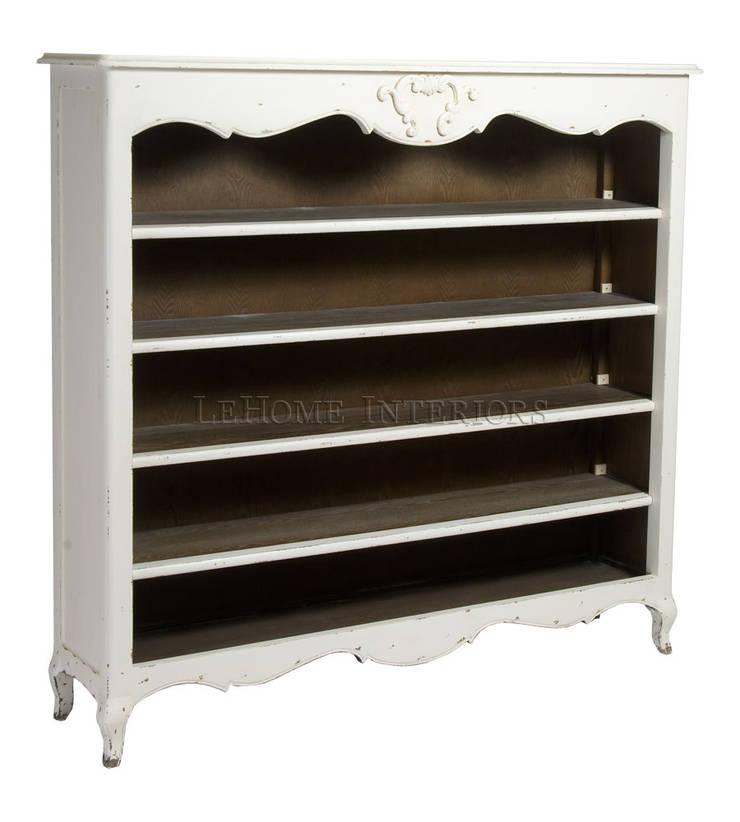 Книжный шкаф Louise French Bookcase L010: Рабочий кабинет  в . Автор – LeHome Interiors