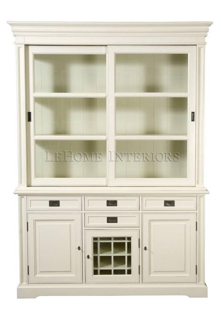 Шкаф Keywest Oak Cupboard L013: Столовая комната в . Автор – LeHome Interiors
