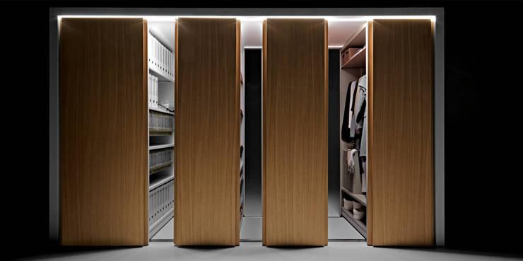 Projekty,  Garderoba zaprojektowane przez Salvatore Indriolo