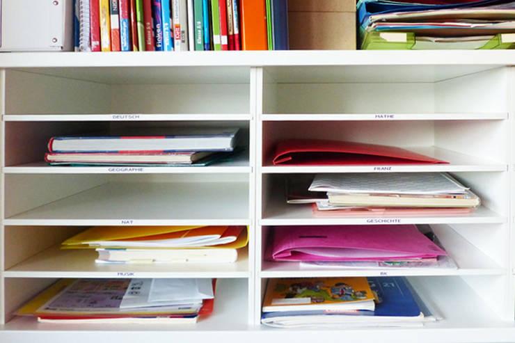 Der Papier Fachteiler bringt Ordnung in das Schulchaos:  Kinderzimmer von NSD New Swedish Design GmbH
