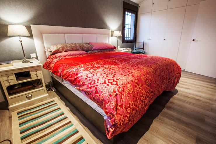 Casa Victoria: Dormitorios de estilo  de mdm09 arquitectura