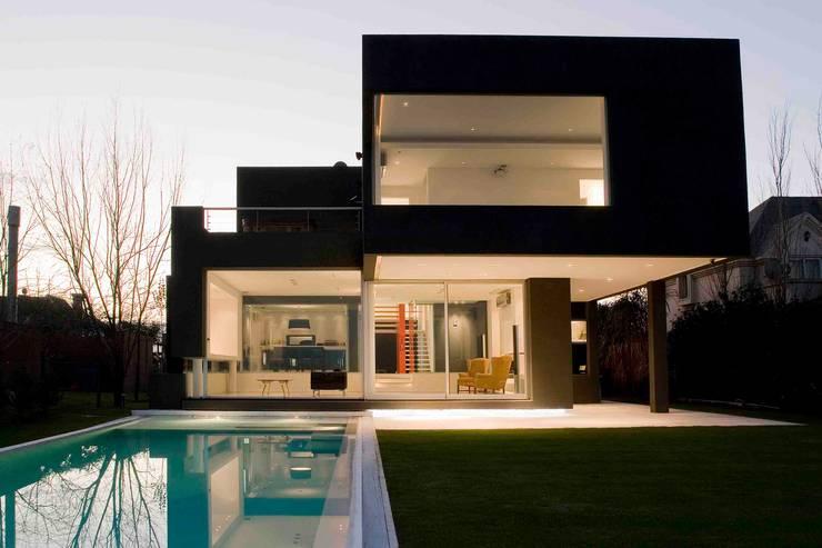 Remy Arquitectos:  tarz Evler