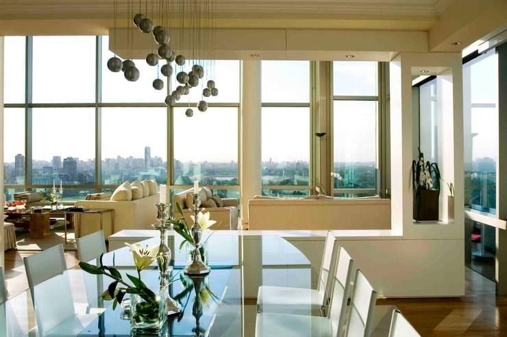 Departamento Jardín Japonés: Livings de estilo  por Remy Arquitectos,