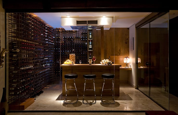 modern Wine cellar by Isabela Canaan Arquitetos e Associados