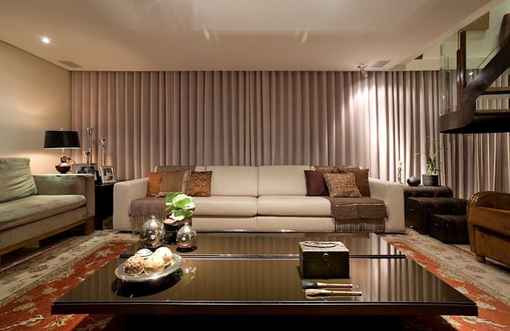 Living room by Isabela Canaan Arquitetos e Associados, Modern