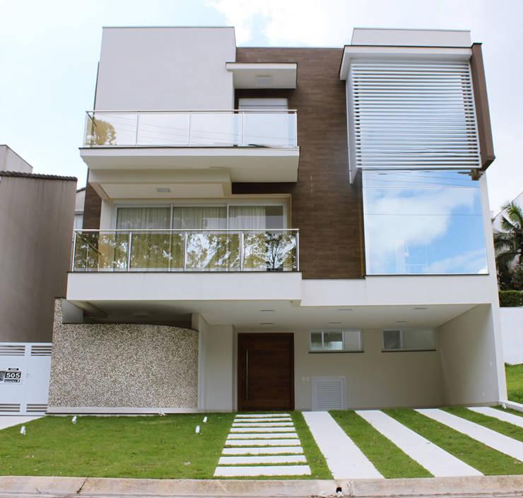 CASAS CONDOMÍNIO RESIDENCIAL: Casas  por RB ARCHDESIGN