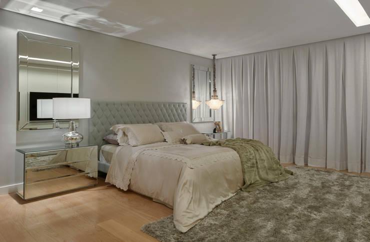 Apartamento MV: Quartos  por Isabela Canaan Arquitetos e Associados