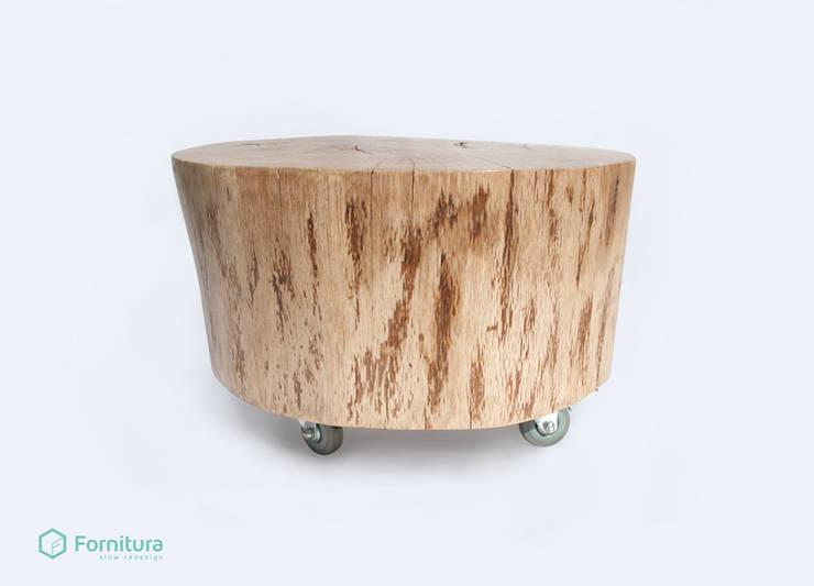 Stolik z pnia dębowego: styl , w kategorii Salon zaprojektowany przez Fornitura