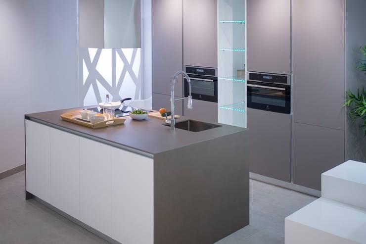 Kitchen by Renovekitchen