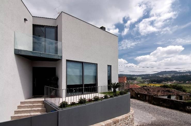 Casa MS: Casas  por 136F - Arquitectos
