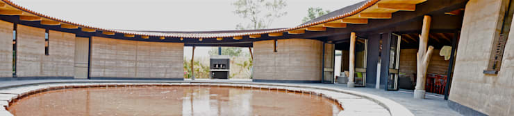 Casa Estudio Sabinos: Casas de estilo  por Juan Carlos Loyo Arquitectura