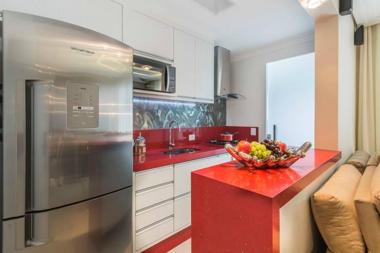 Cocinas de estilo moderno de Silvana Borzi Design
