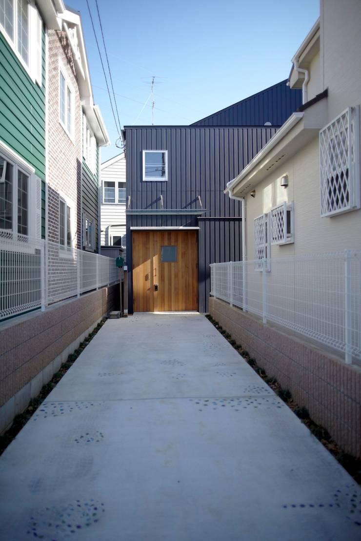 アオバの家: シキナミカズヤ建築研究所が手掛けた家です。,