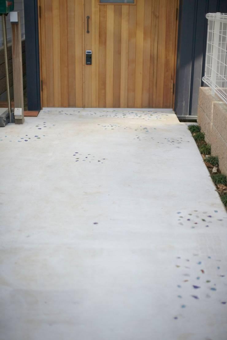 アオバの家: シキナミカズヤ建築研究所が手掛けた庭です。,