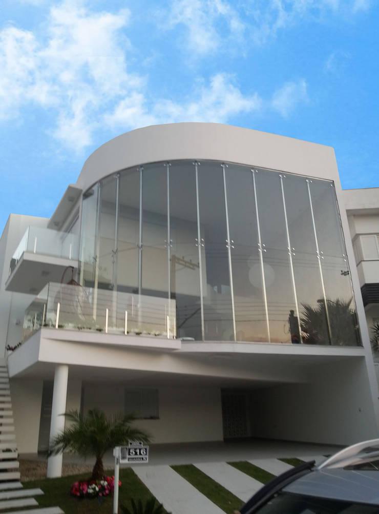 RESIDÊNCIA ALTO PADRÃO: Casas  por RB ARCHDESIGN
