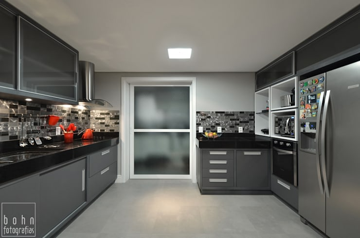 Apartamento EL: Cozinhas  por Tamara Rodriguez Aquitetura