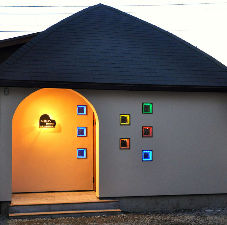 Huizen door (有)岳建築設計