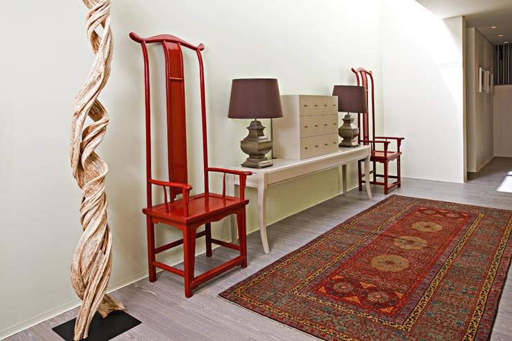 Casa de Palmar | 2009: Corredores e halls de entrada  por Susana Camelo