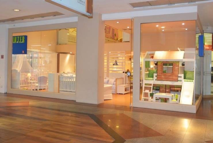 Vitrine do Showroom Via Parque Shopping - RJ: Lojas e imóveis comerciais  por INTERCASA MÓVEIS INFANTIS E JUVENIS