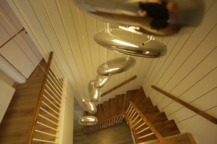 Murat Aksel Architecture – Housing: modern tarz Koridor, Hol & Merdivenler