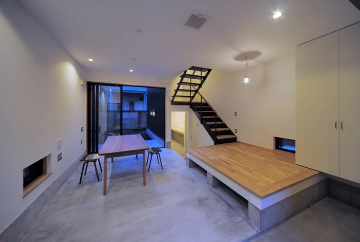 方南町の家: FuruichiKumiko ArchitectureDesignOfficeが手掛けた現代のです。,モダン