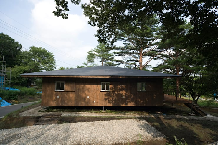 那須の家: FuruichiKumiko ArchitectureDesignOfficeが手掛けた庭です。,