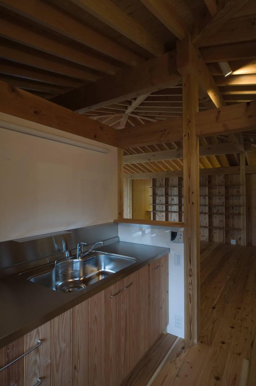 那須の家: FuruichiKumiko ArchitectureDesignOfficeが手掛けたキッチンです。,