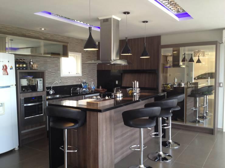Área de Lazer Cozinhas modernas por Atelier Arquitetura Moderno MDF