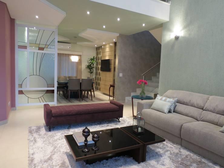 Sala de Estar: Salas de estar  por Barros Campesi Arquitetura