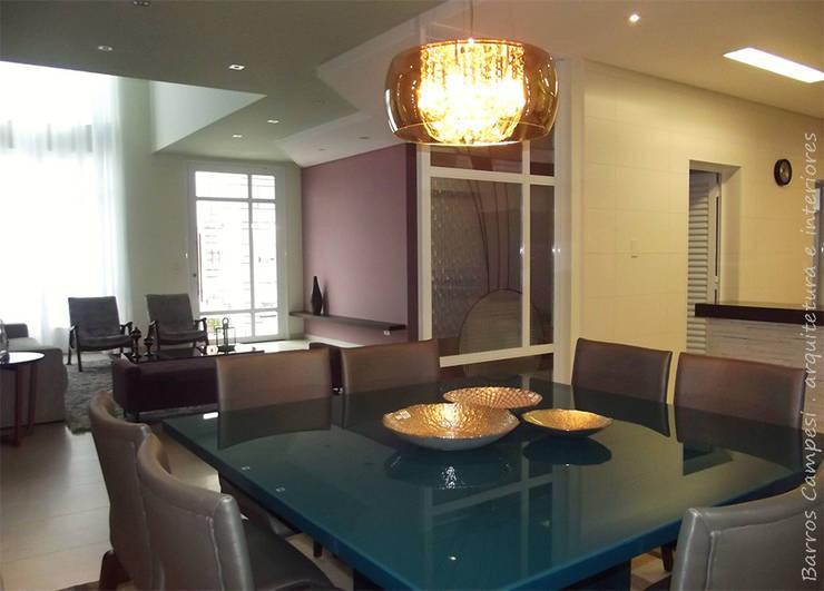 Sala de Jantar / Estar: Salas de jantar  por Barros Campesi Arquitetura
