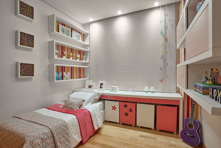 modern Nursery/kid's room by Isabela Canaan Arquitetos e Associados