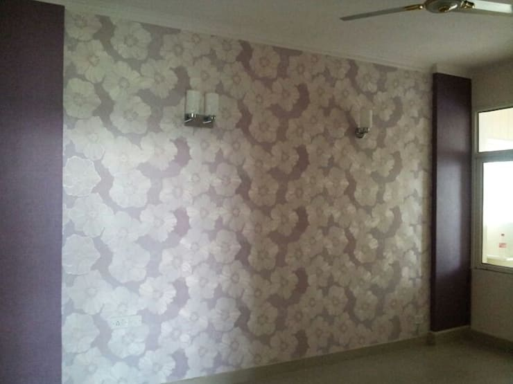 Wall Coverings..: modern Bedroom by Decor At Door