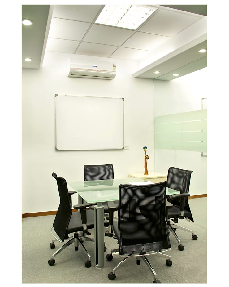 Indus Valley Partners (I) Pvt Ltd:  Commercial Spaces by Focusz Designs Pvt Ltd