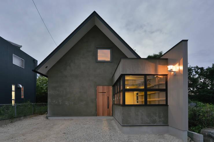 Casas de estilo  por Nobuyoshi Hayashi