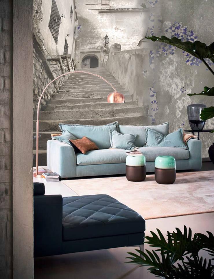 mod Stairs: Pareti & Pavimenti in stile  di Creativespace