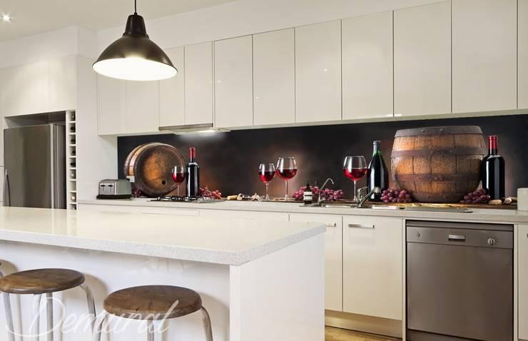 Toast za zgodę: styl , w kategorii Kuchnia zaprojektowany przez Demural.pl