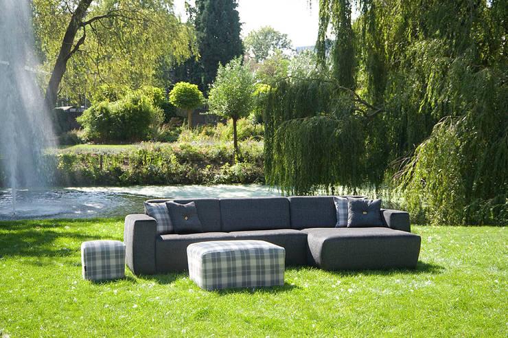 Jardin de style de stile Rural par UrbanSofa
