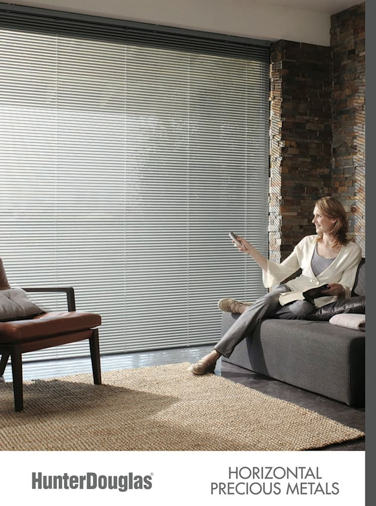 Horizontal de Aluminio: Salas multimedia de estilo  por Dekorier Interiores