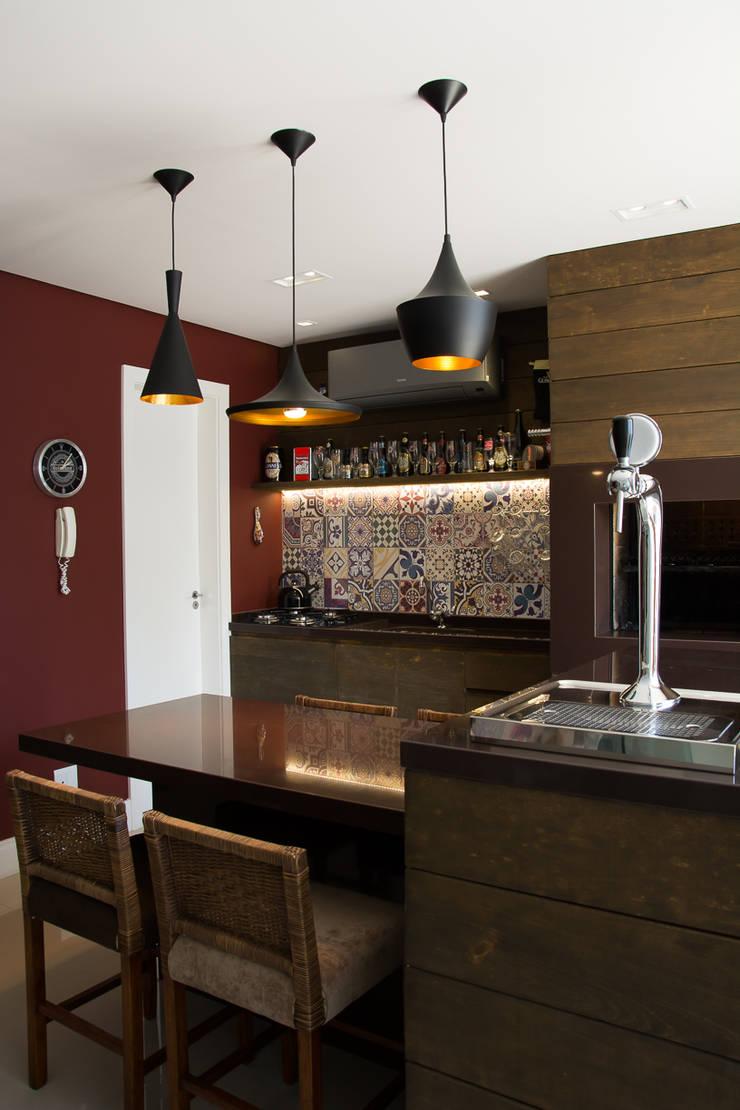 DUPLEX | COND. BOULEVARD D´ORLEANS: Terraços  por Aline Dal Pizzol Aquitetura de Interiores