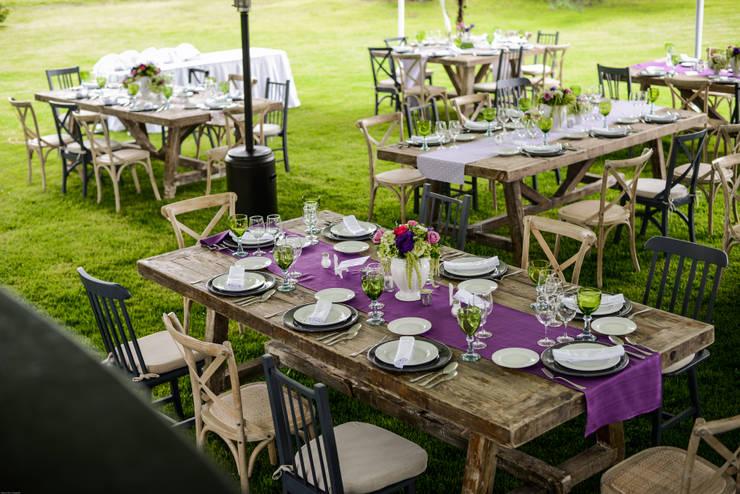 Jardines de estilo  por MOOR Event Rentals & Planning