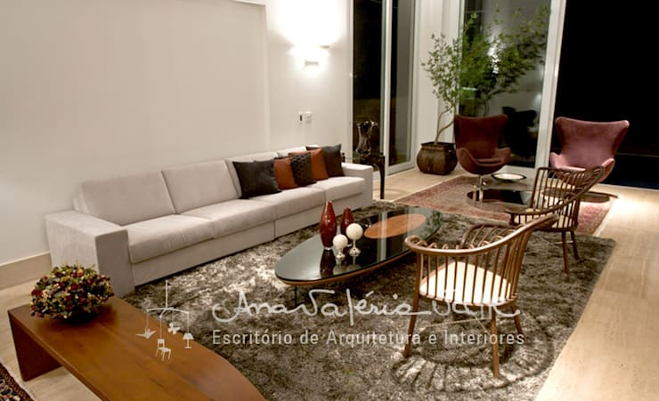 Salones de estilo  de Ana Valeria Valle