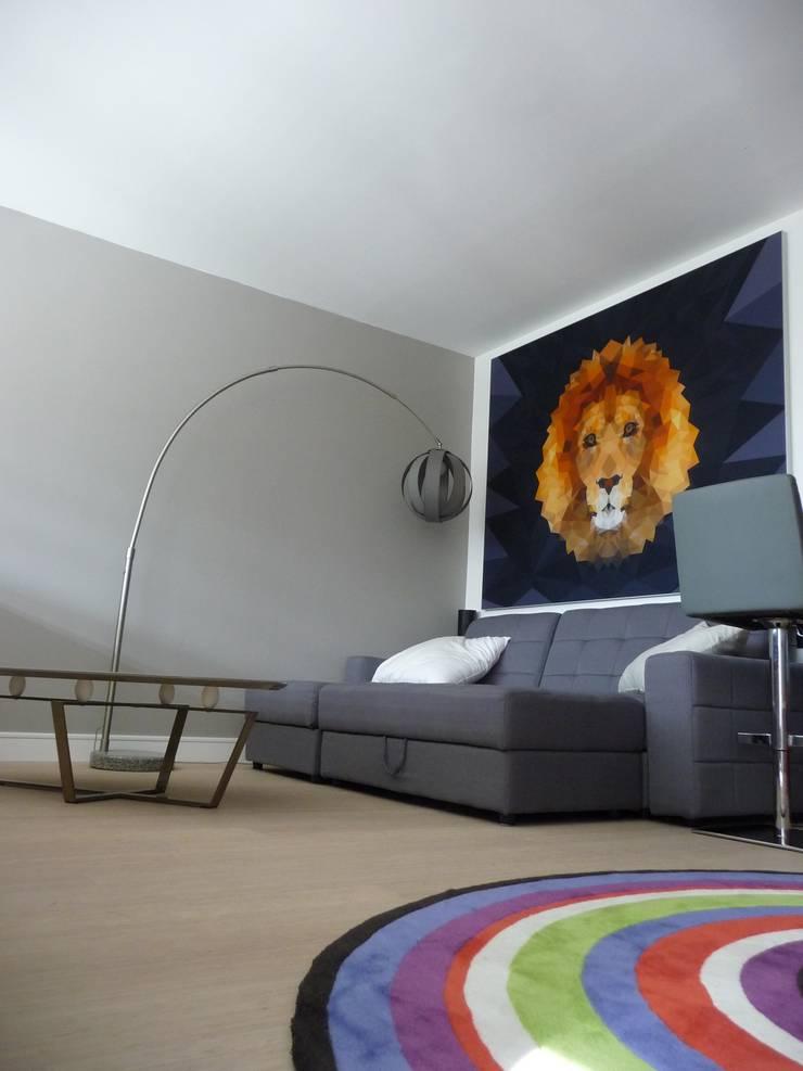 Duplex Parc de Bercy: Salle multimédia de style  par AADD+
